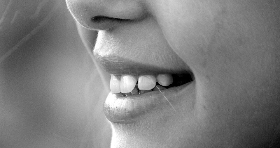 cuidados implantes dentales barcelona